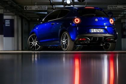 Alfa Romeo Mito 955 Aussenansicht Heck schräg statisch blau