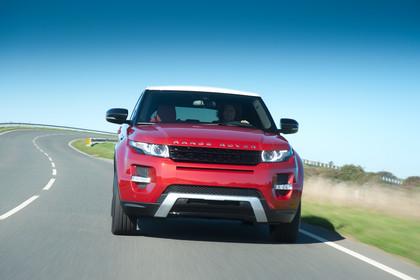 Range Rover Evoque L538 Aussenansicht Front dynamisch rot