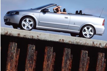 Opel Astra G Cabrio Seite statisch silber
