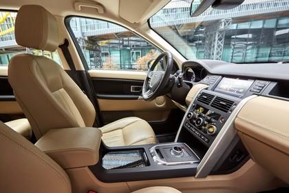 Land Rover Discovery Sport L550 Innenansicht Beifahrerposition statisch beige