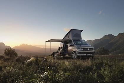 VW T6 California SG/SF Aussenansicht Front schräg statisch braun