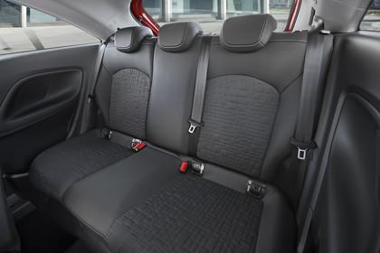 Opel Corsa E 5Türer Innenansicht Rücksitzbank statisch schwarz