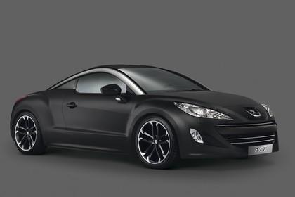 Peugeot RCZ Aussenansicht Seite schräg Studio statisch schwarz