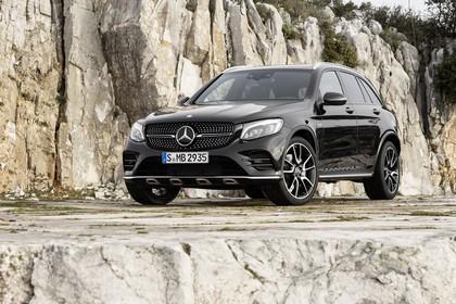 Mercedes GLX X253 Aussenansicht Front schräg statisch schwarz