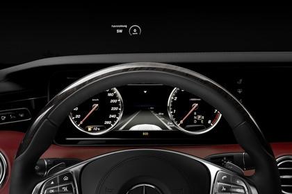 Mercedes-Benz S-Klasse Coupé C217 Innenansicht statisch Studio Detail Tacho