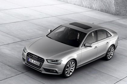 Audi A4 B8 Aussenansicht Front schräg erhöht statisch silber