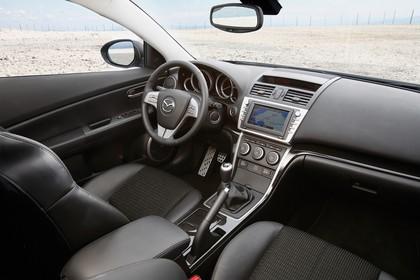 Mazda 6 Kombi GH Innenansicht Beifahrerposition statisch schwarz