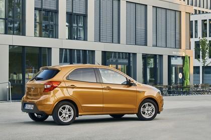 Ford KA+ Seite schräg statisch gold