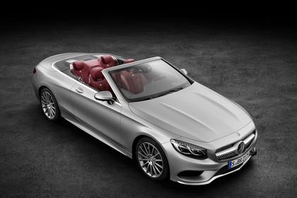 Mercedes-Benz S-Klasse Cabriolet A207 Aussenansicht Seite schräg erhöht statisch Studio silber