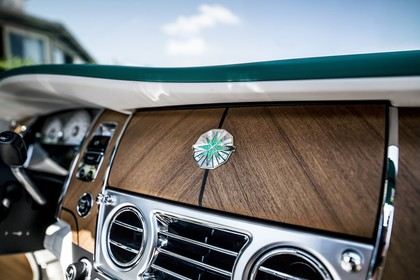 Rolls-Royce Dawn Innenansicht statisch Detail Armaturenbrett