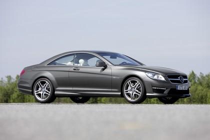 Mercedes CL C216 Aussenansicht Seite schräg statisch grau