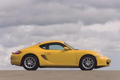 Porsche Cayman 987 Aussenansicht Seite statisch gelb