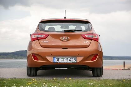 Hyundai i30 GD/GDH Aussenansicht Heck statisch braun