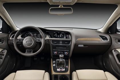 Audi A4 B8 Innenansicht mittig Studio statisch beige