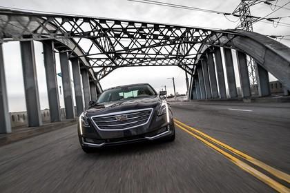 Cadillac CT6 Limousine Aussenansicht Front schräg dynamisch schwarz