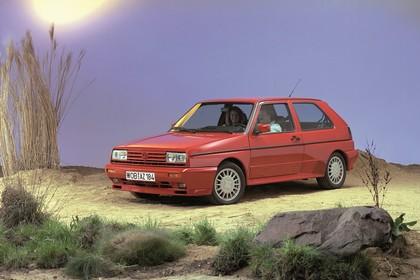 VW Golf 2 Rallye Studio Aussenansicht Front schräg statisch rot