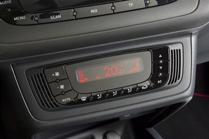 SEAT Ibiza 6P Innenansicht Klimatronik