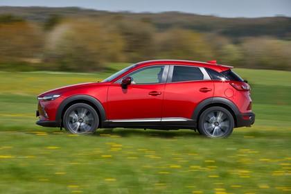 Mazda CX-3 DJ1 Aussenansicht Seite dynamisch rot