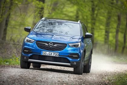 Opel Grandland X Z Aussenansicht Front schräg dynamisch blau