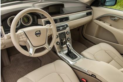 Volvo S80 AS Facelift Innenansicht statisch Vordersitze und Armaturenbrett fahrerseitig