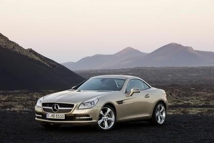 Mercedes-Benz SLK 350 R172 Aussenansicht Front schräg statisch beige