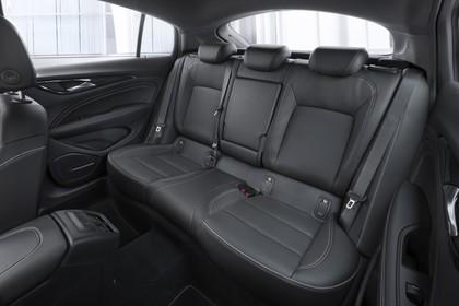 Opel Insignia B Grand Sport Innenansicht Rücksitzbank Studio statisch schwarz