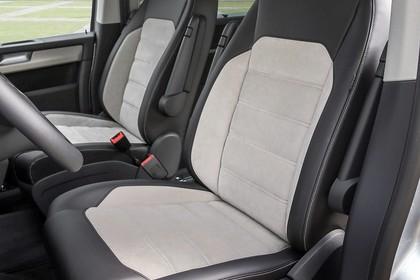 VW T6 Innenansicht Vordersitze statisch zweifarbig schwarz beige
