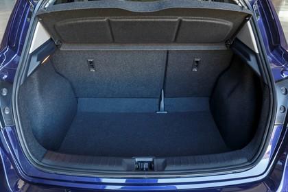 Nissan Pulsar C13 Aussenansicht Heck statisch Heckklappe geöffnet blau