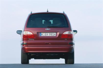 Ford Galaxy MK1 Aussenansicht Heck statisch rot
