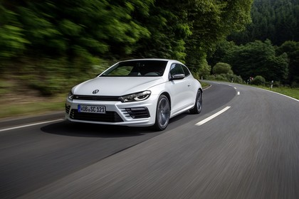 VW Scirocco Typ 13 Aussenansicht Front schräg dynamisch weiss