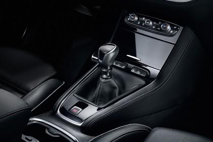 Opel Grandland X Z Innenansicht statisch Studio Detail Mittelkonsole