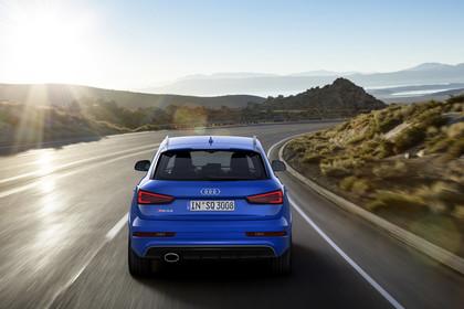Audi RSQ3 8U Aussenansicht Heck dynamisch blau