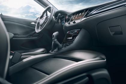 Opel Astra K Sports Tourer Innenansicht Beifahrerposition staisch schwarz