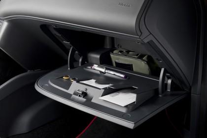 SEAT Ibiza 6P Handschuhfach offen