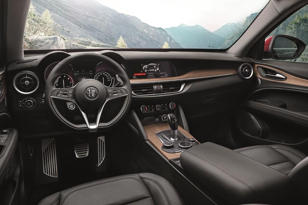 Alfa Romeo Stelvio (949) seit 2017   mobile.de on giulietta and romeo, alpha romeo, ver videos de romeo, alpine romeo, marseille romeo, things that describe romeo, uggs on sale men's romeo,
