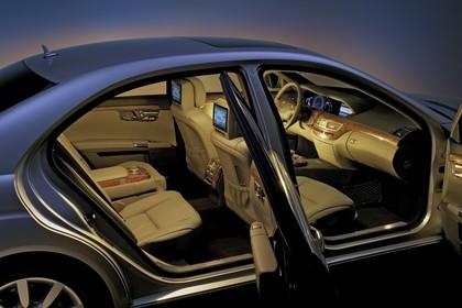 Mercedes-Benz S-Klasse W221 Innenansicht statisch Studio Innenraum