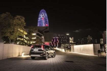 Honda CR-V RE Aussenansicht Heck schräg statisch schwarz