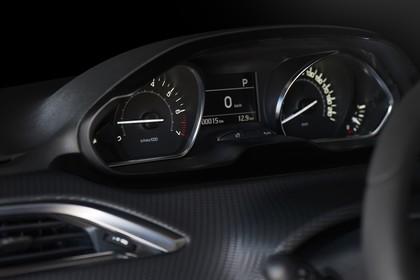 Peugeot 208 A9 Innenansicht statisch Studio Detail Armaturenbrett
