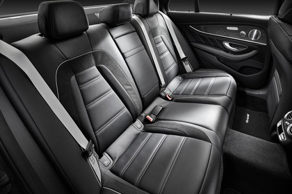 Mercedes-AMG E 63 W213 Innenansicht Rückbank Studio statisch schwarz