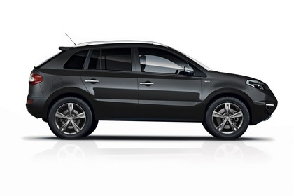 Renault Koleos Y Facelift Aussenansicht Seite statisch Studio schwarz