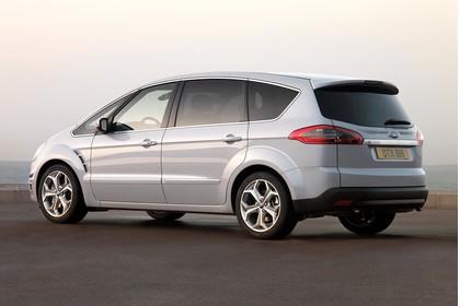 Ford S-Max I Facelift Aussenansicht Seite schräg statisch silber