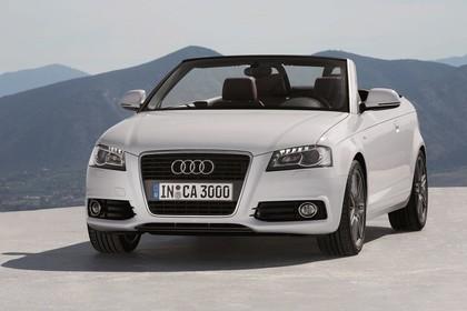 Audi A3 8P Cabrio Aussenansicht Front statisch weiss