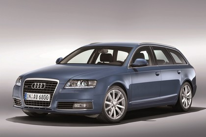 Audi A6 4F Avant Facelift Aussenansicht Front schräg Studio statisch blau