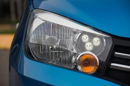 Suzuki Celerio Aussenansicht Front statisch Detail Scheinwerfer rechts
