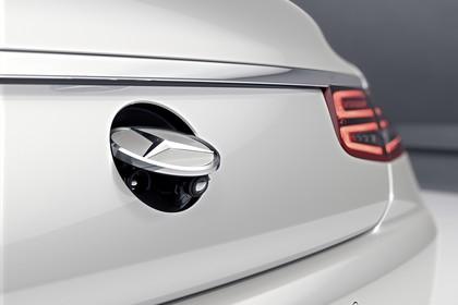 Mercedes-Benz S-Klasse Cabriolet A207 Aussenansicht Heck schräg statisch Studio Detail Rückfahrkamera