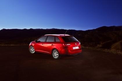 SEAT Ibiza ST 6P Heck schräg statisch rot