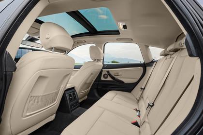 BMW 3er GT F34 Innenansicht Rücksitzbank statisch beige