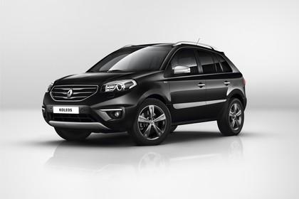 Renault Koleos Y Facelift Aussenansicht Front schräg statisch Studio schwarz
