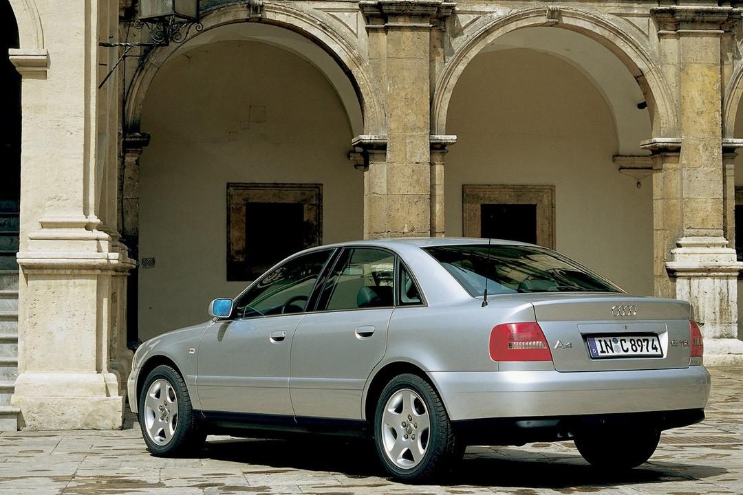 Audi A4 Limousine B5 Seit 1994 Mobilede