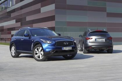 Infiniti FX S51 Aussenansicht Front Heck schräg statisch dunkelblau grau